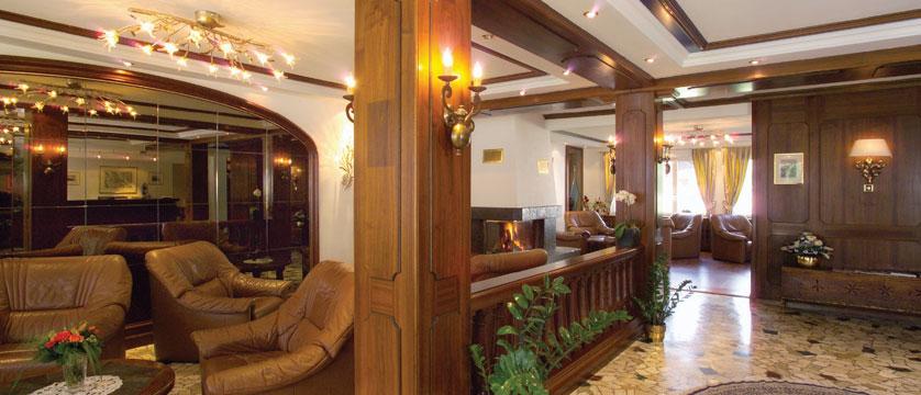 Hotel Rex Garni, Zermatt, Switzerland - lounge.jpg